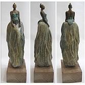 Roots I | Braziliaans speksteen en brons | beeld h. 40 cm., totaal h. 60 cm.